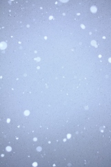 Free_Snow_Falling_on_Blue_Sky_Unedited_Creative_Commons_(2932693860)